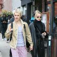 Justin Bieber et sa femme Hailey Baldwin Bieber sont allés prendre le petit-déjeuner dans le quartier de Brooklyn à New York avant de se rendre à l'émission Saturday Night Live. Le 8 février 2020