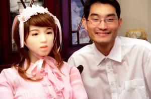 Il partageait sa vie avec une poupée sans le savoir depuis 10 mois ! Regardez, c'est vrai qu'on pourrait se tromper !