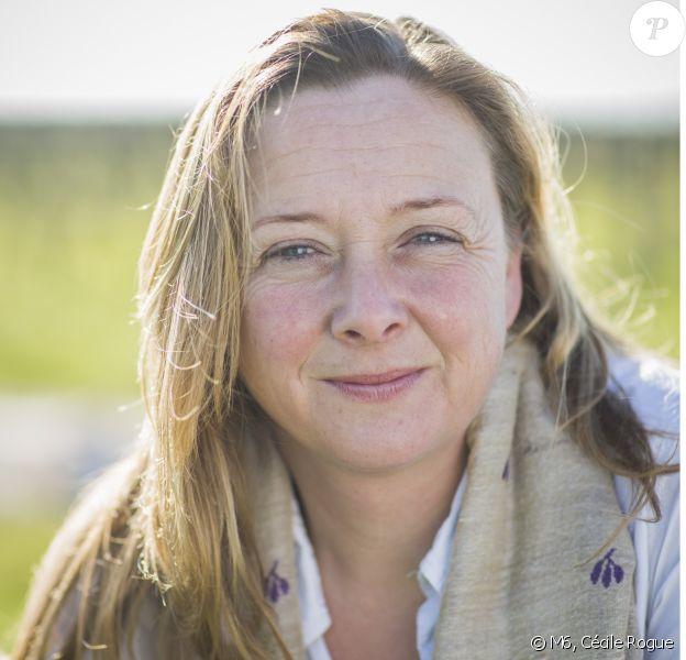 """Cathy, candidate de """"L'amour est dans le pré 2020"""", photo officielle de M6"""