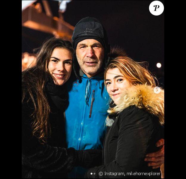 Mike Horn retrouve enfin ses filles, sur Instagram, le 30 décembre 2019.