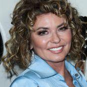 """Shania Twain """"dévastée"""" par ses opérations à la gorge : """"J'étais en deuil..."""""""