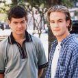 Joshua Jackson et James Van Der Beek, les héros de la série Dawson (Dawson's Creek), en 1998.