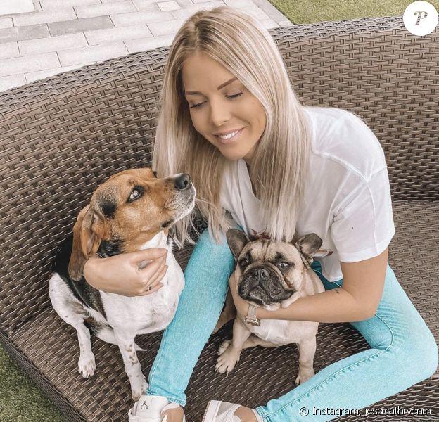 Jessica Thivenin en compagnie de ses deux chiens - Instagram, 1er mars 2020