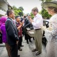 Le roi Willem-Alexander et la reine Maxima des Pays-Bas se sont rendus à Kampoeng Connected et au magasin The voice of Jogja à Yogyakarta, à l'occasion d'un voyage officiel en Indonésie. Le 11 mars 2020  King Willem-Alexander and Queen Maxima of The Netherlands visit Kampoeng Connected and the shop The Voice of Jogja in Yogyakarta in Indonesia, 11 March 2020. The Dutch King and Queen are in Indonesia for their 4 day State Visit. Connected Kampong is a village next to the Palace of Kraton, houses in the village were connected years ago during a special project to the internet that made economic and social activities possible. The shop Voice of Jogja sells Batik shirts.11/03/2020 - Yogyakarta