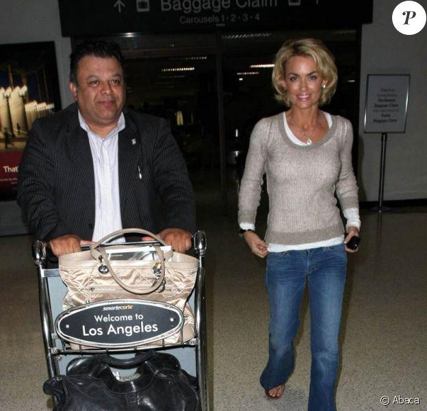 Kelly Carlson à l'aéroport de Los Angeles.