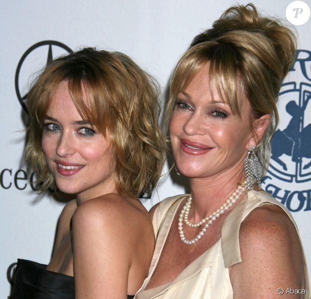 Dakota Johnson avec sa mère, l'actrice Melanie Griffith.