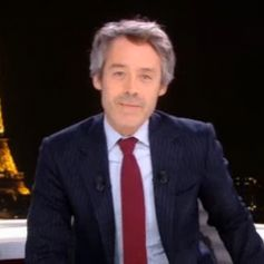 """Yann Barthès presque seul pour animer """"Quotidien"""" - 26 mars 2020, TMC"""