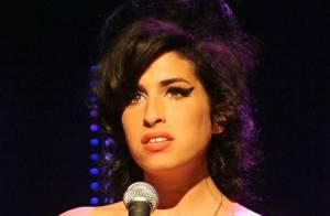 Amy Winehouse : Son visa pour les USA lui a été refusé... Elle n'assistera pas aux Grammy Awards.