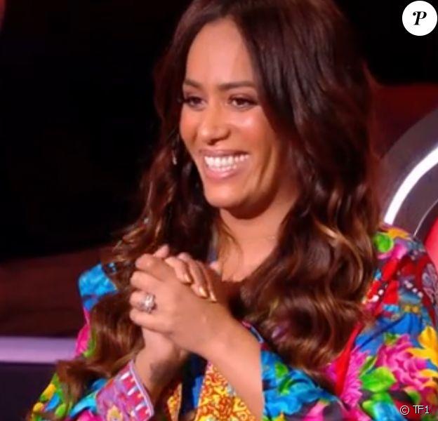 """Amel Bent lors des battles de """"The Voice 2020"""". Émission du samedi 28 mars 2020, TF1"""