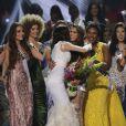 La Française Iris Mittenaere couronnée Miss Univers. Choisie face à ses 85 concurrentes, la Française Iris Mittenaere a été élue lundi 30 janvier Miss Univers lors d'un concours télévisé organisé à Manille, aux Philippines le 30 janvier 2017. © Linus Guardian Escandor Ii via ZUMA Wire / Bestimage