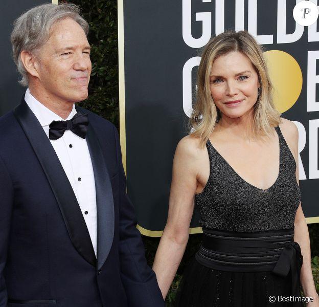 David E. Kelley et sa femme Michelle Pfeiffer - Photocall de la 77ème cérémonie annuelle des Golden Globe Awards au Beverly Hilton Hotel à Los Angeles, le 5 janvier 2020.