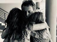 Marc-Olivier Fogiel ému par sa fille Mila, Laeticia Hallyday touchée