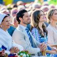 La reine Silvia, le prince Carl Philip de Suède, la princesse Sofia de Suède, la princesse Madeleine de Suède et son mari Chris O'Neill lors de la célébration du 42e anniversaire de la princesse Victoria à Borgholm le 14 juillet 2019.
