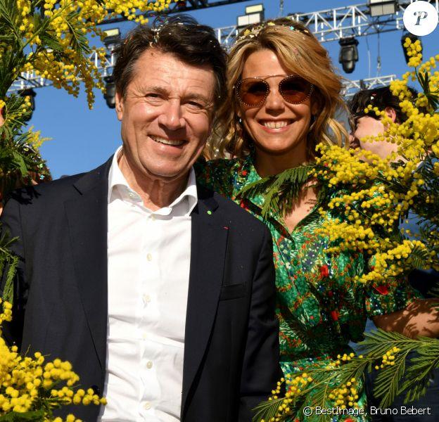 """Christian Estrosi, le maire de Nice, et sa femme Laura Tenoudji Estrosi - 1er corso fleuri dans le cadre du 136ème Carnaval de Nice """"Roi de la Mode"""" le 15 février 2020. Le Carnaval de Nice se déroule du 15 au 29 février 2020. Le Carnaval de Nice est l'un des trois plus grands et plus prestigieux au monde avec ceux de Rio et de Venise. Nice, le 15 février 2020. © Bruno Bebert/Bestimage"""