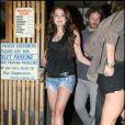 Miley Cyrus allant dîner au restaurant à Studio City en Californie le 25 août 2009