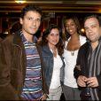 Exclusif - Didier Bourdon pose avec sa femme Marie-Sandra lors de la 100e de la pièce Deux sur la balançoire, en 2006 à Paris