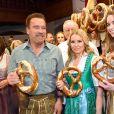 Arnold Schwarzenegger avec sa compagne Heather Milligan et sa fille Christina lors de la 29ème Weisswurstparty à l'hôtel Stanglwirt à Going, Autriche, le 27 janvier 2020.
