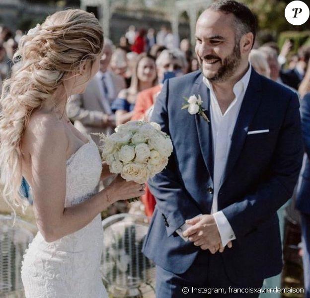 François-Xavier Demaison fête son premier anniversaire de mariage avec Anaïs le 7 juin 2020.