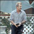 Mel Gibson part s'acheter des cigarettes, Los Angeles septembre 2009