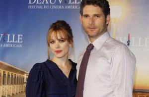 Les stars hollywoodiennes Rachel McAdams et Eric Bana... ont illuminé Deauville ! Regardez !