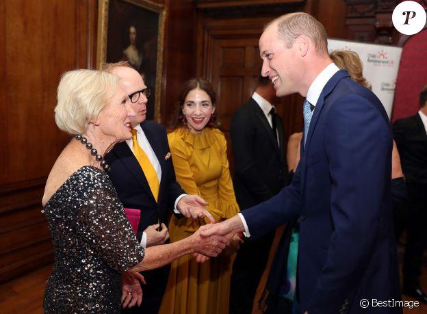 """Le prince William, duc de Cambridge, Mary Berry et Jason Watkins - Dîner de gala du 25ème anniversaire du """"Child Bereavement UK"""" au palais de Kensington à Londres. Le 10 juin 2019"""