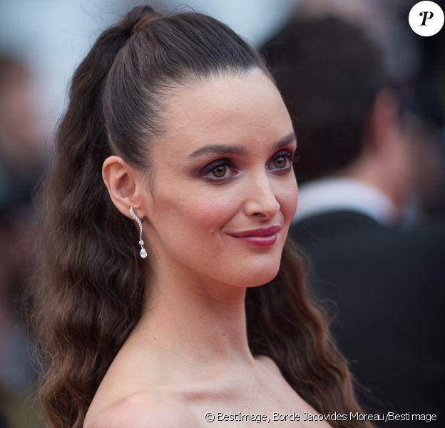 """Charlotte Le Bon - Montée des marches du film """" Blackkklansman """" lors du 71e Festival International du Film de Cannes. Le 14 mai 2018."""