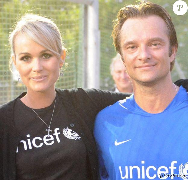 Exclusif - Laeticia et David Hallyday lors du match de gala au profit de l'Unicef au stade Nelson Paillou de Clichy, le 28 septembre 2008.
