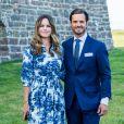 Le prince Carl Philip et la princesse Sofia se sont joints, dans le respect des gestes barrières, à la princesse Victoria, au prince Daniel et à la princesse Estelle pour assister à un concert intimiste, coronavirus oblige, dans les vestiges du château de Borgholm le 14 juillet 2020 à l'occasion du 43e anniversaire de Victoria.