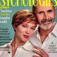 """Léa Seydoux fait la couverture du magazine """"Psychologies"""", numéro d'août 2020, avec le psychiatre Christophe André."""