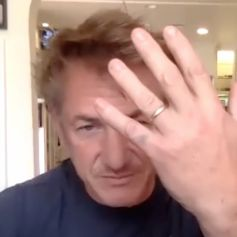 Sean Penn confirme son mariage à Leila George dans l'émission Late Night with Seth Meyers. Août 2020.