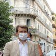 """Nicolas Sarkozy dédicace son livre """"Le temps des tempêtes"""" à la librairie Charlemagne à Toulon le 12 août 2020. © Valérie Le Parc / Nice Matin / Bestimage"""