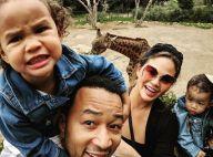 Chrissy Teigen enceinte : 3e enfant avec John Legend, elle révèle son baby bump