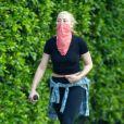 Exclusif - Amber Heard se balade à Griffith Park avec une amie sur les hauteurs de Los Angeles pendant l'épidémie de coronavirus (Covid-19), le 31 août 2020.