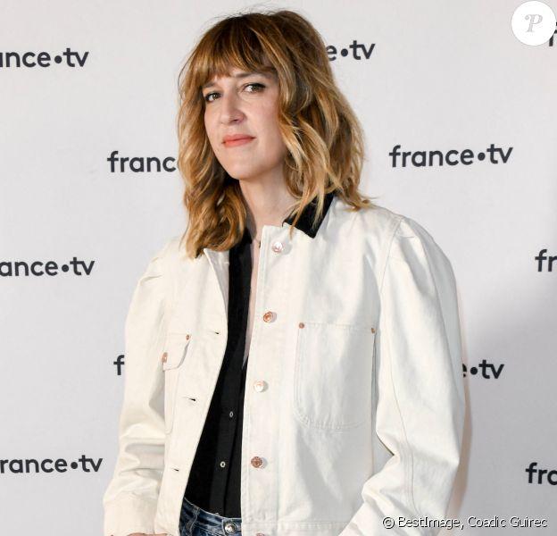 Daphné Burki au photocall de la conférence de presse de France 2 au théâtre Marigny à Paris © Coadic Guirec / Bestimage