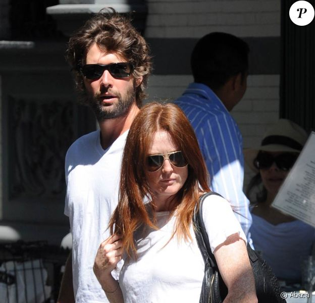 Julianne Moore et son mari au restaurant Tartine à New York, septembre 2009