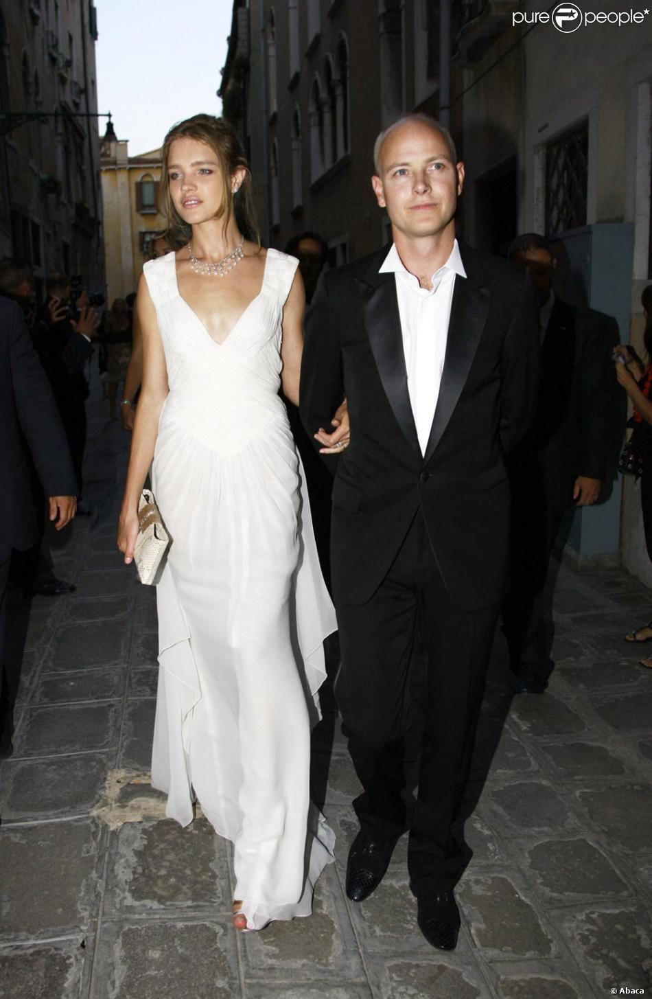 Водянова и портман свадьба фото