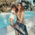 """Cécilia Sirahaj, ex-candidate de """"Koh-Lanta"""" en 2016 et désormais star du programme de TFX """"Mamans et célèbres"""" avec sa petite Sway, née en août 2019."""