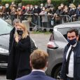 François Hollande et sa compagne Julie Gayet - Arrivées aux obsèques de Juliette Gréco en l'église Saint-Germain-des-Prés. Le 5 octobre 2020 © Jacovides-Moreau / Bestimage