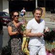 Le guitariste Eddie Van Halen fait des courses avec sa femme Janie Liszewski au Farmer market à Studio City, le 30 juillet 2017.