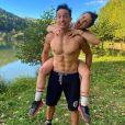 """Tibo InShape et Juju Fitcats étalent leur """"vie de couple"""" sur Instagram."""