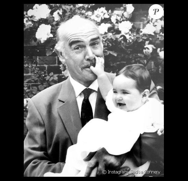 Saskia Connery, la petite fille de Sean Connery, lui rend hommage sur Instagram pour son anniversaire.