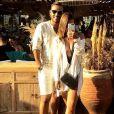 Mohamed Bouhafsi, journaliste sportif, est en couple avec la belle Angeline.