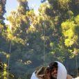 """Candice et Jérémy filent le parfait amour depuis leur rencontre dans """"Koh-Lanta""""."""