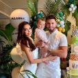 Nabilla et Thomas Vergara avec leur fils Milann (1 an) - Instagram