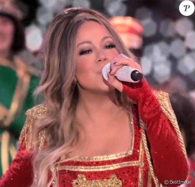 """La bande annonce du programme spécial Noël de Mariah Carey """"Mariah Carey's Magical Christmas Special"""" qui sera disponible sur Apple TV+."""