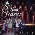 Sylvie Tellier, Jean-Pierre Foucault et le jury 100% féminin composé d'anciennes Miss lors de l'élection de Miss France 2021 sur TF1 le 19 décembre 2020