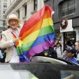 L'acteur Ian McKellen participe à la marche Pride à New York le 28 juin 2015.