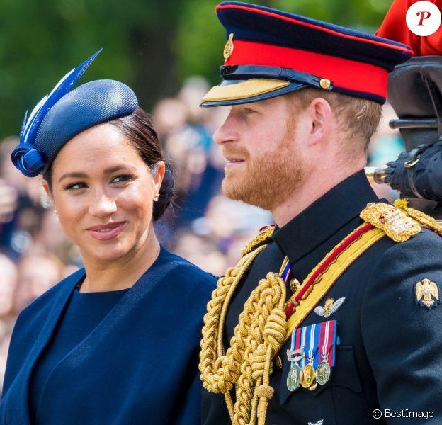 Le prince Harry, duc de Sussex, et Meghan Markle, duchesse de Sussex, première apparition publique de la duchesse depuis la naissance du bébé royal Archie lors de la parade Trooping the Colour célébrant le 93ème anniversaire de la reine Elisabeth II, au palais de Buckingham, Londres