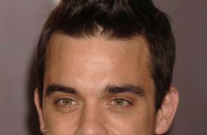 Robbie Williams ne cache pas ses larmes, après un terrible accident...