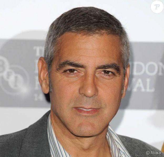 George Clooney, à l'occasion de l'avant-première du Fantastique Mr. Fox, lors du BFI London Film Festival, au Dorchester Hotel, à Londres, le 14 octobre 2009 !